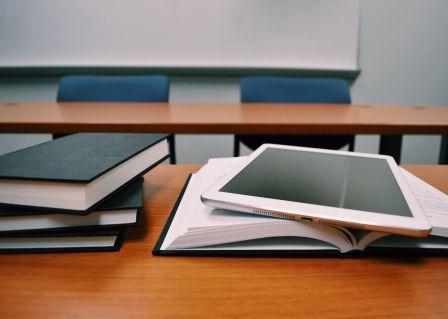 Libri e tablet